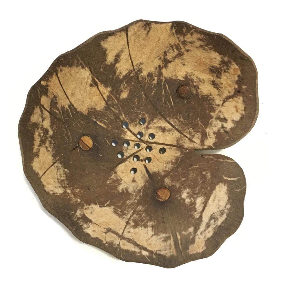COCO D Мыльница из кокосового ореха в ассортименте