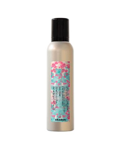 Купить со скидкой Давинес (Davines) Curl Mosturizing Mousse Увлажняющий мусс More Inside для упругих четко очерченных